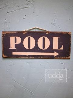 Skylt Pool 135kr