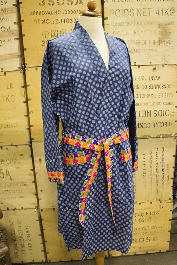 Kimono-blåprickig