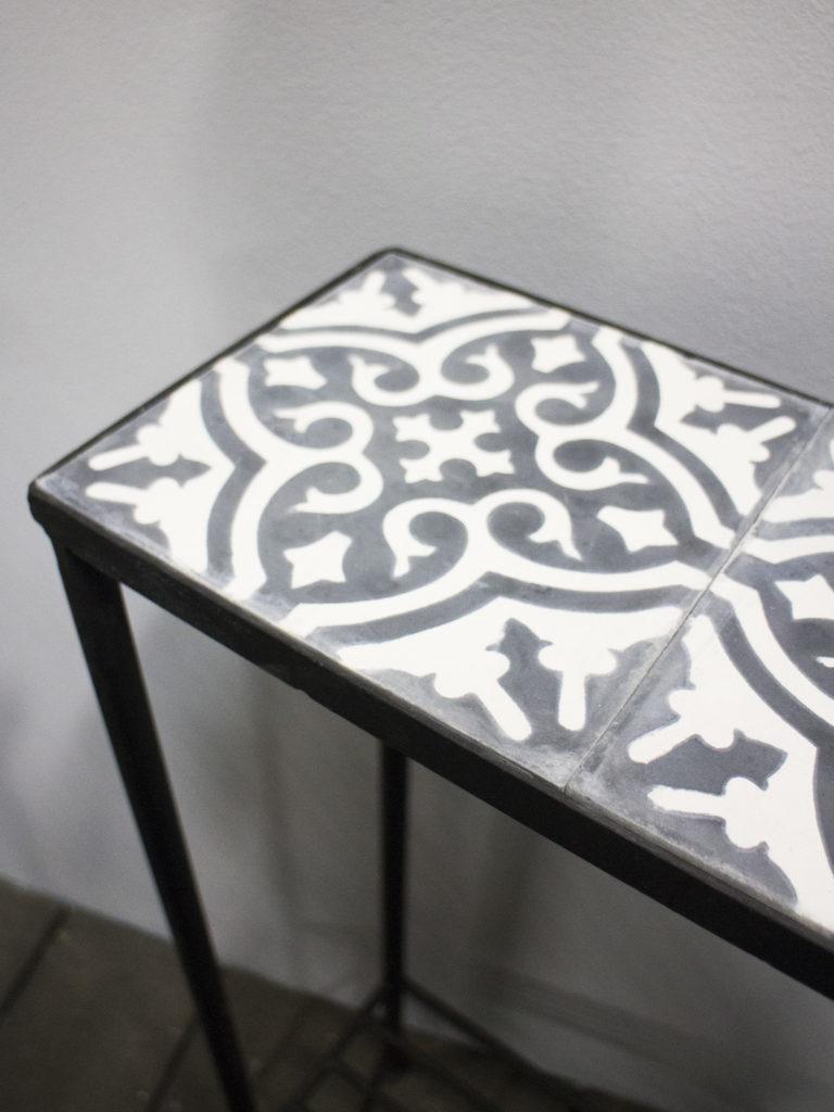 Blombord Högt 5 Kakelplattor